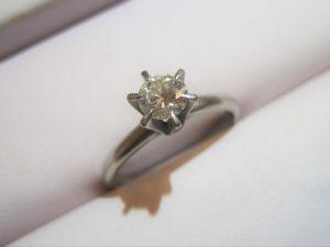 お祖母様からいただいたダイヤの指輪