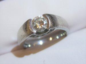 元の指輪もしっかりとした良い指輪です。